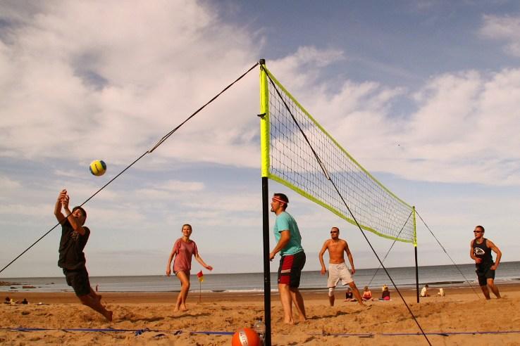 Siatkówka na plaży w Tynemouth koło Newcastle